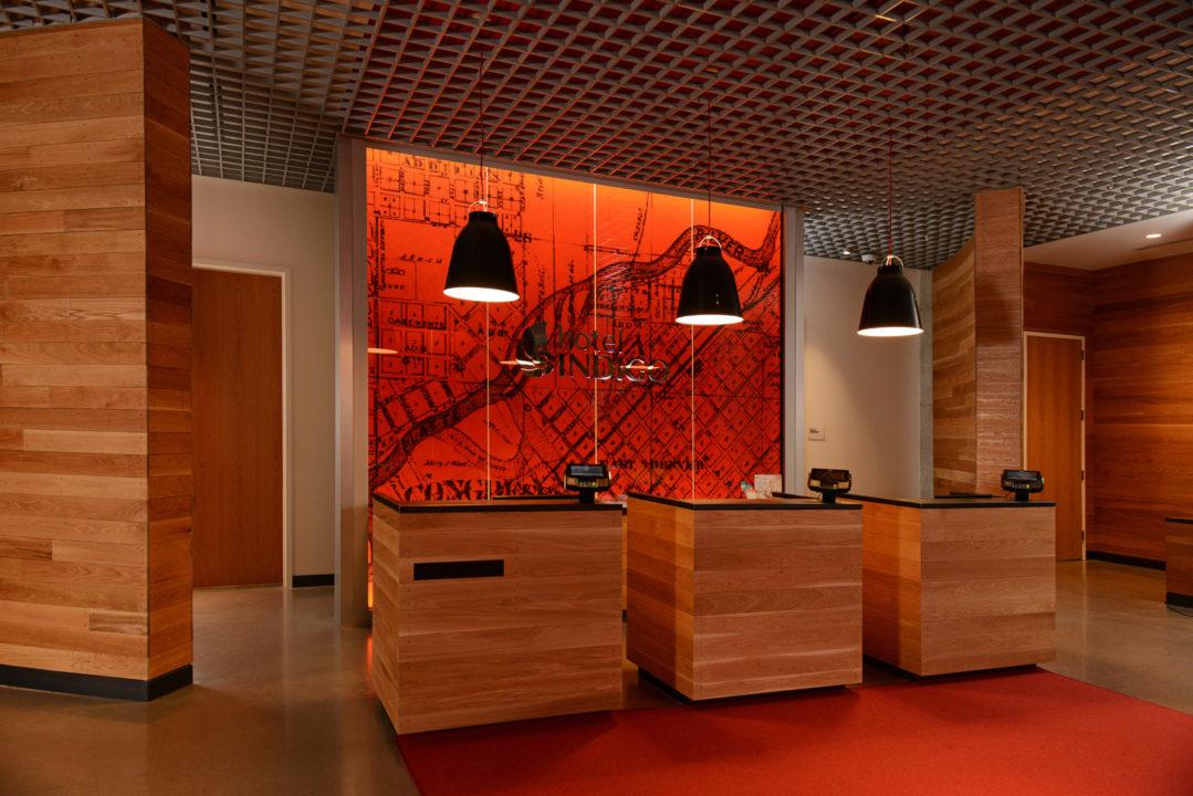 Hotel-Indigo-Front-Desk
