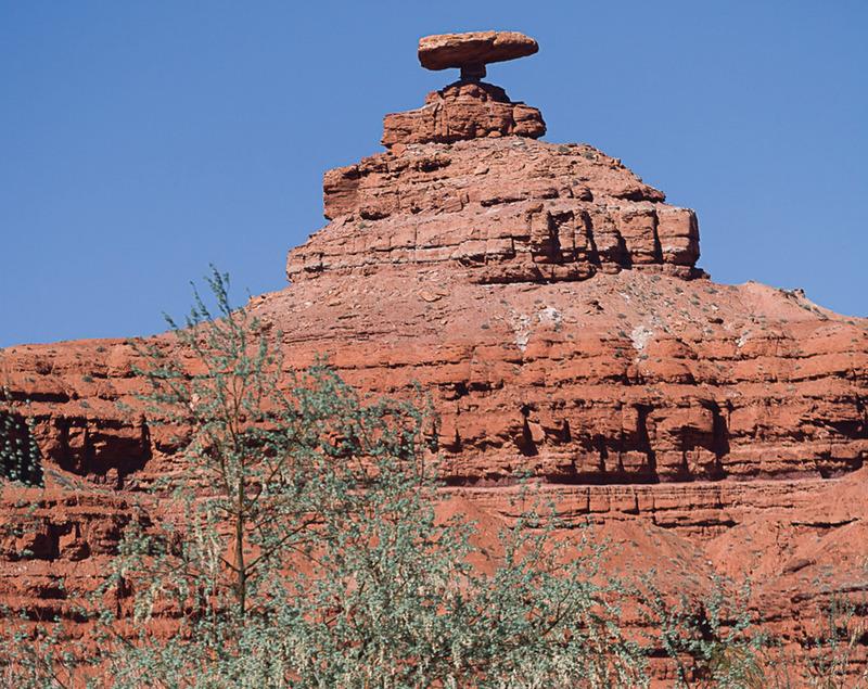 Mexican-Hat-Rock-Far