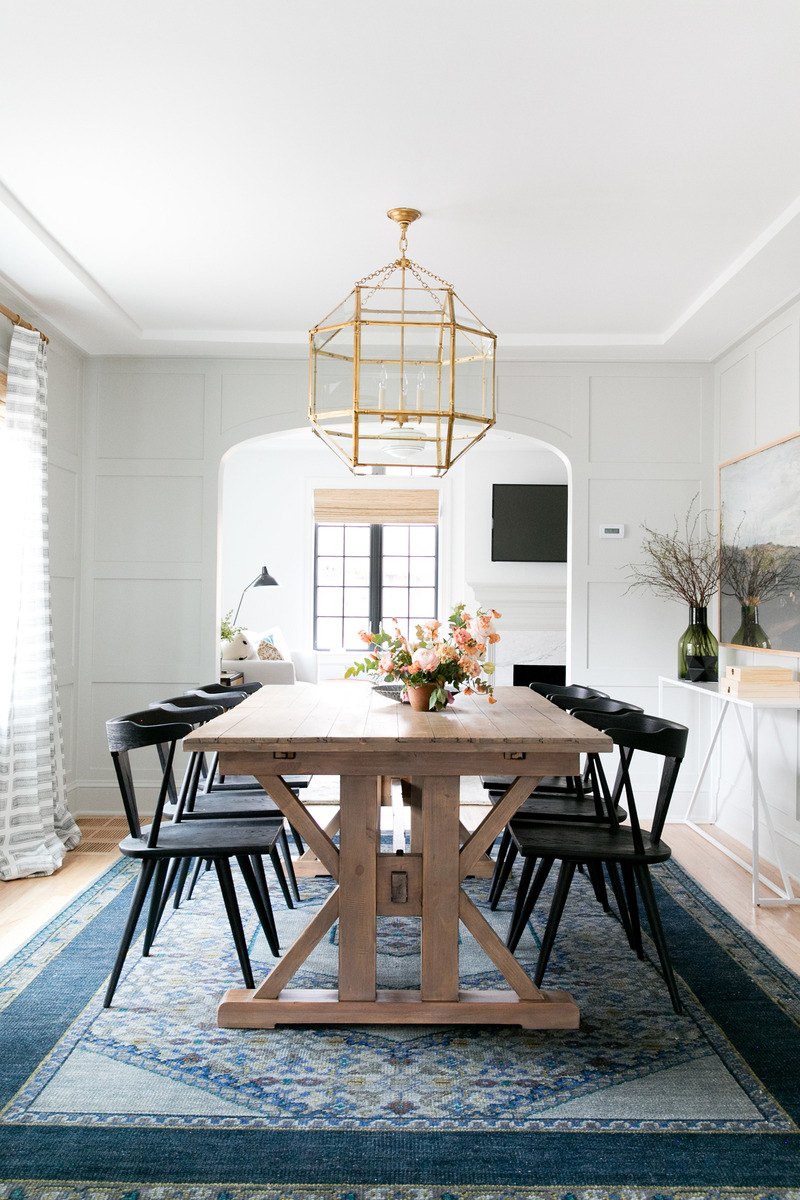 tudor-dining-room