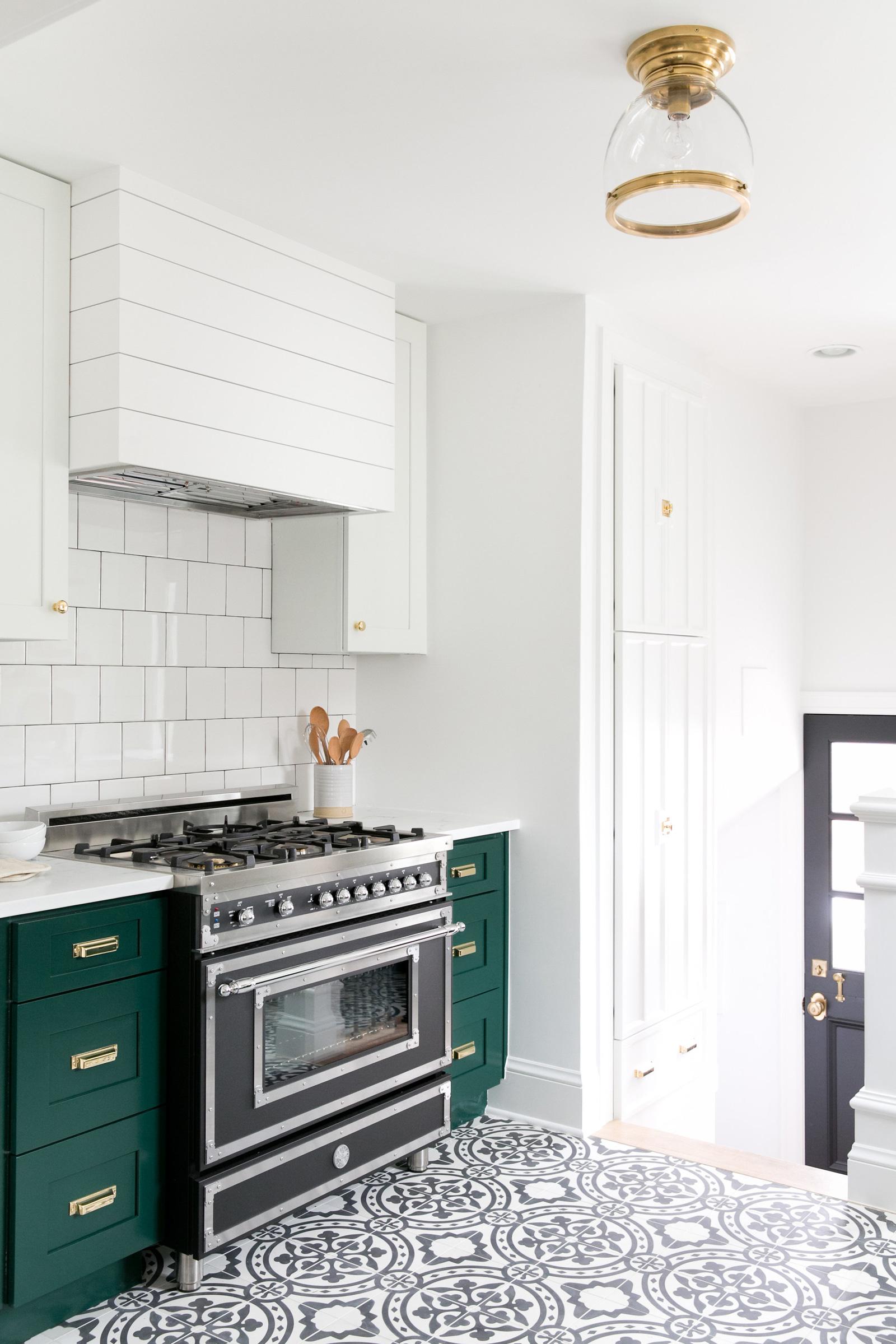 tudor-kitchen