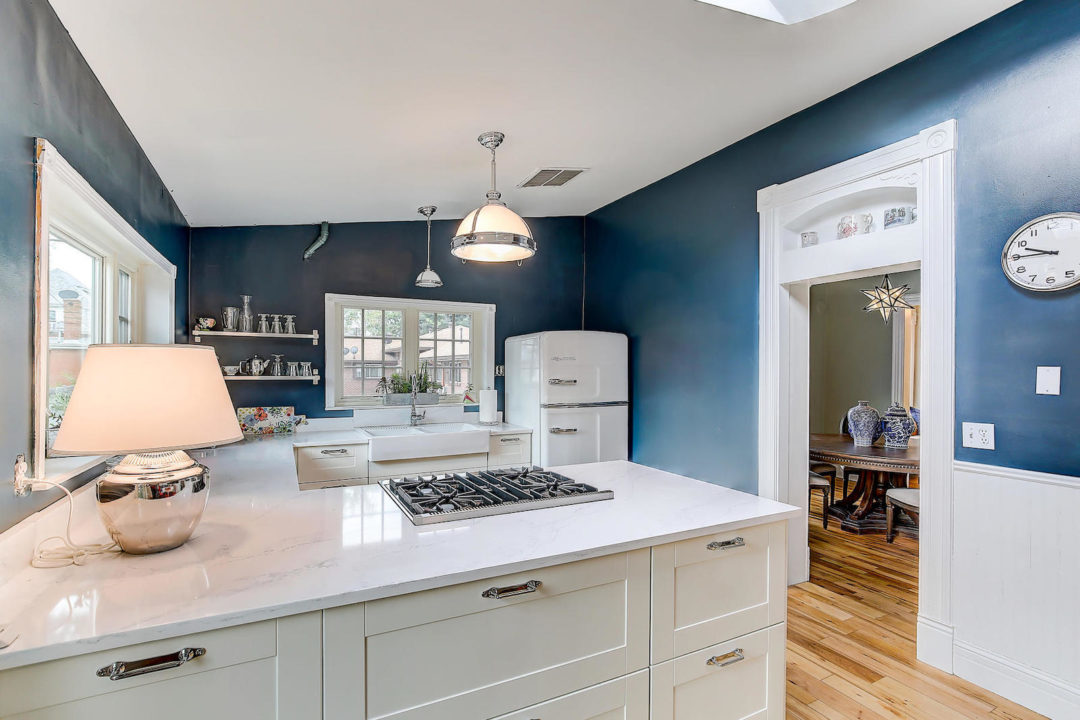 2222 Irving kitchen Photo courtesy of Live Urban Real Estate