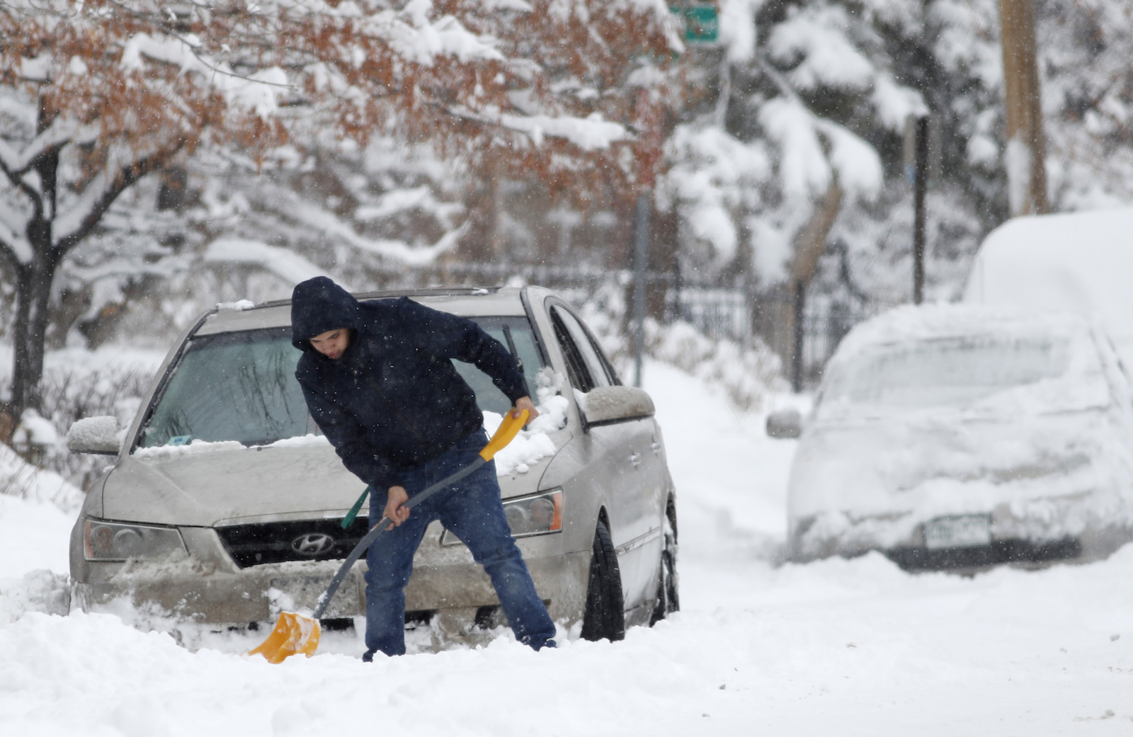 how much snow should denver expect this winter https www 5280 com 2020 10 how much snow should denver expect this winter