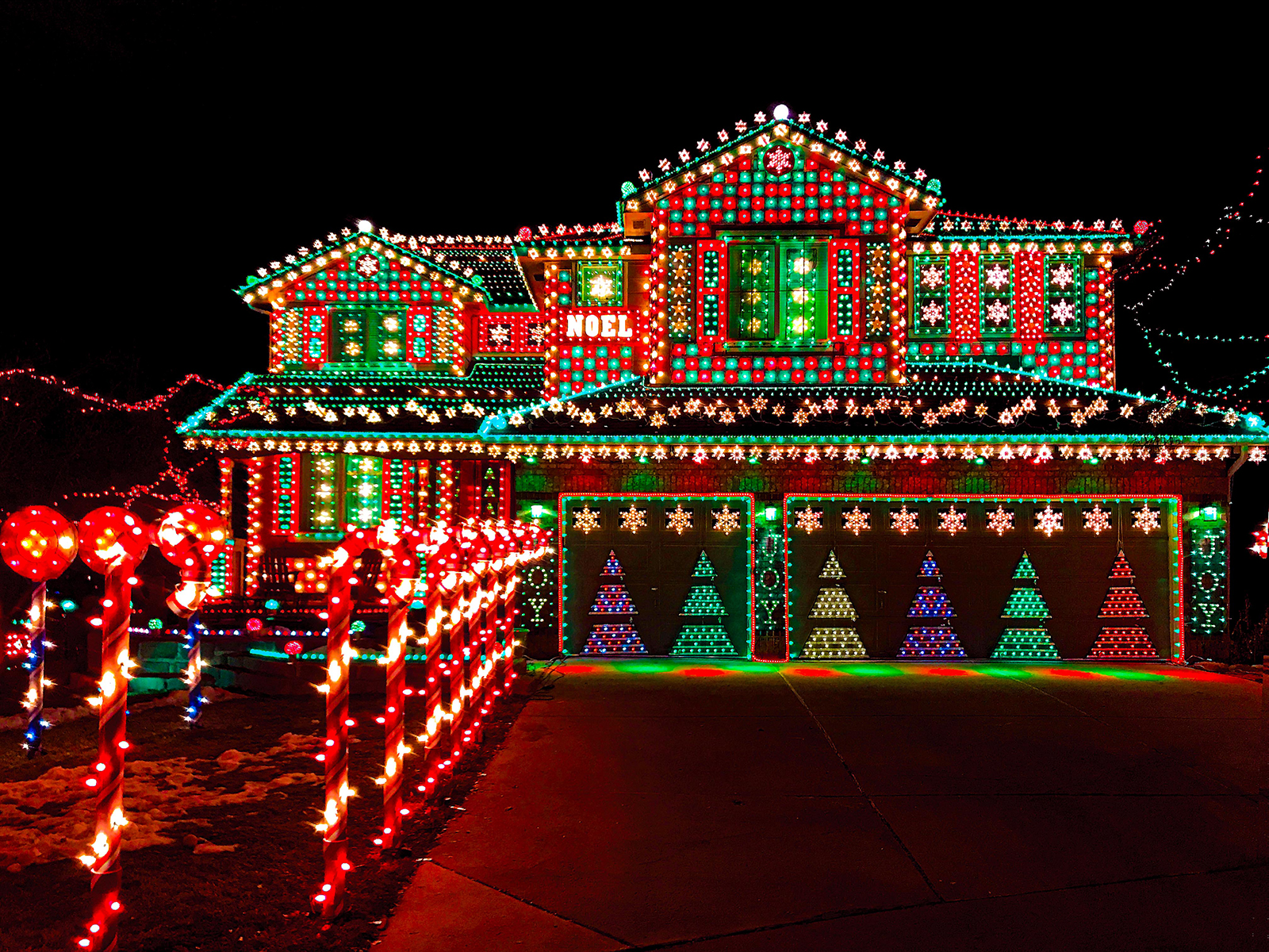 Where to See the Best Home Light Shows in the Denver Area   5280