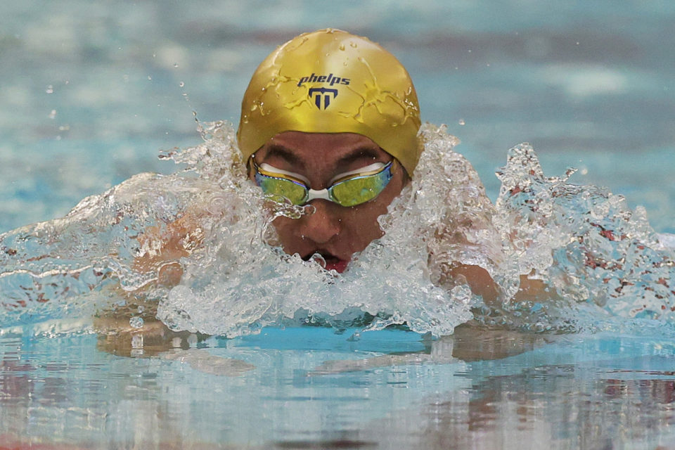 Rudy Garcia-Tolson of the United States emerges from the water in the Men's 100m Breaststroke finals at the 2021 U.S. Paralympic Swimming Trials